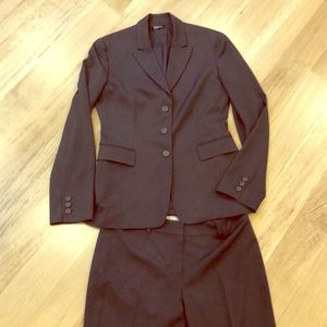 Tahari gray suit jacket with pants size 6